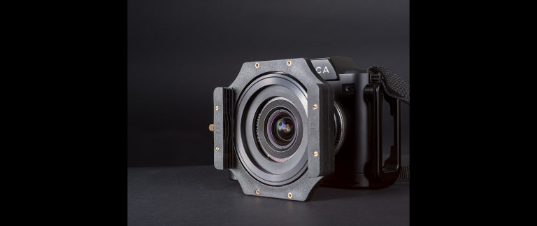 Voigtlander 15mm Super-Wide Heliar modified with filter holder on the Leica SL