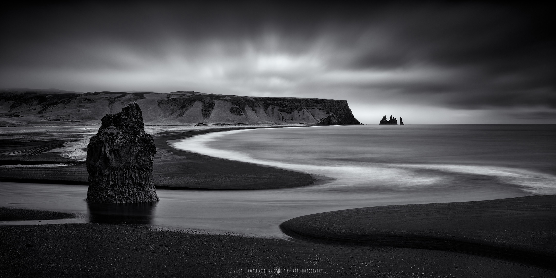Arnardrangur (Iceland, 2019)