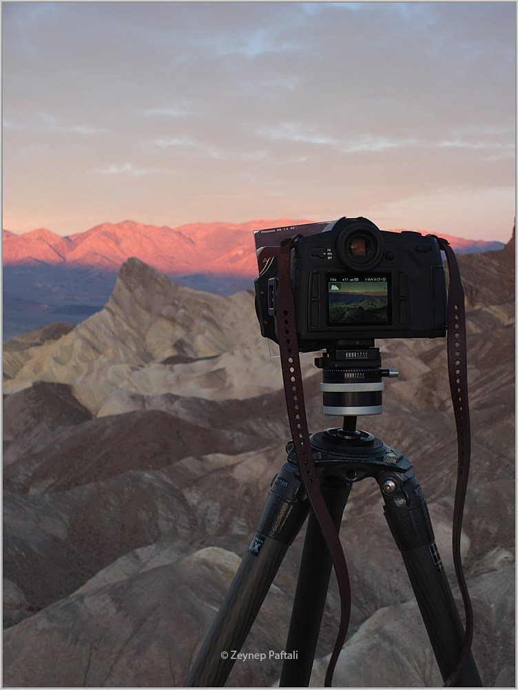 Vieri at work in Death Valley with the Leica S (Typ 007)